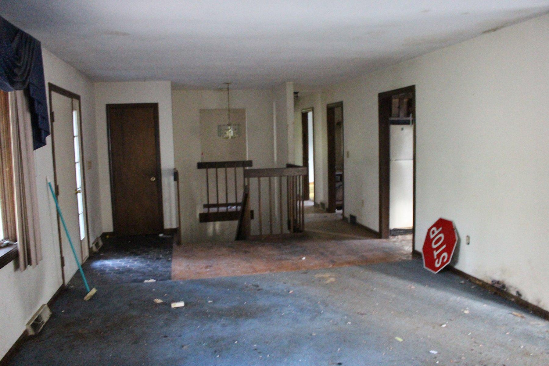 How to evaluate a Living Room Repair Estimate.