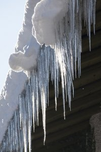 How to prevent ice dams on your roof - Nassau and Suffolk