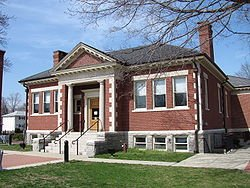 250px-Ashland_Public_Library,_April_2010,_MA
