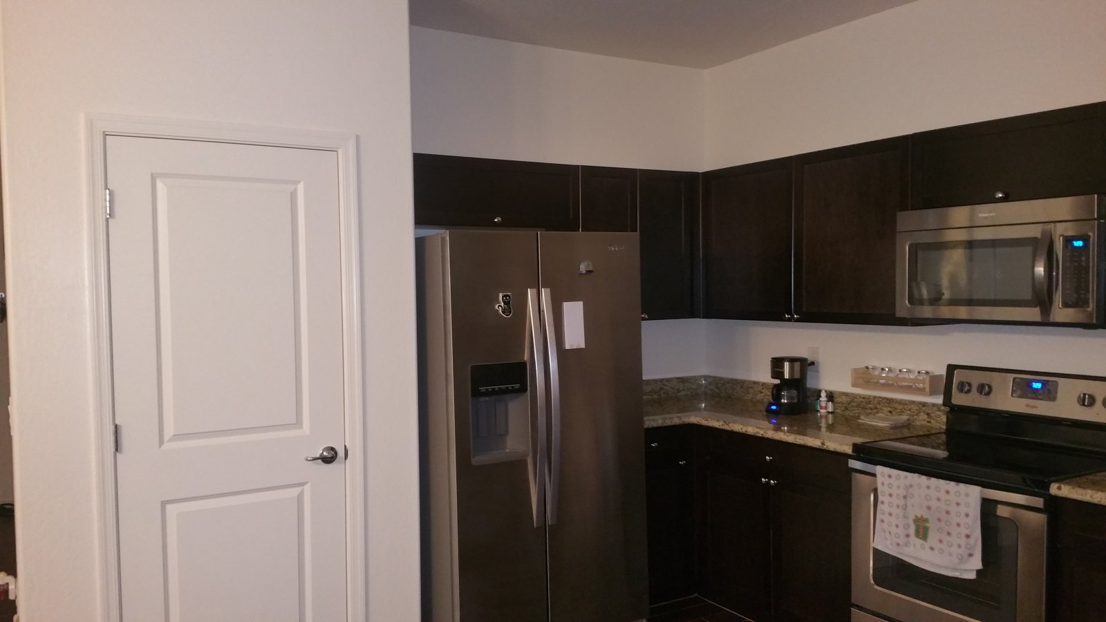 Uncategorized Rent To Own Kitchen Appliances dolce gabbana smeg kitchen appliance collection picture almost new amazing 2016 built home south phoenix rent to own