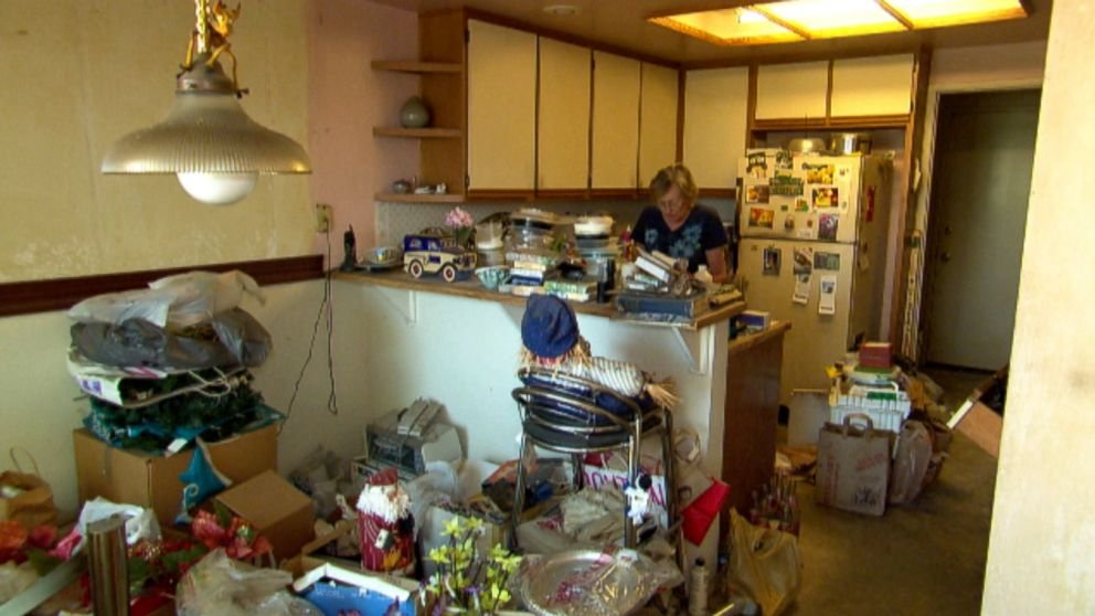 i-need-to-sell-a-hoarder-house