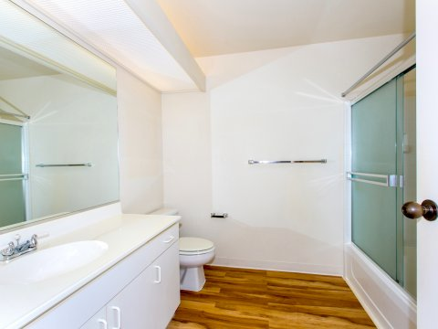 95-1056 G Ainamakua Dr Mililani Condo for Sale - Bathroom