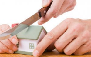 sell a house after a divorce