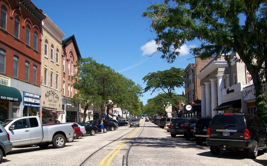 City street in Northport on the Sell your house fast in Northport NY - main st. Northport page