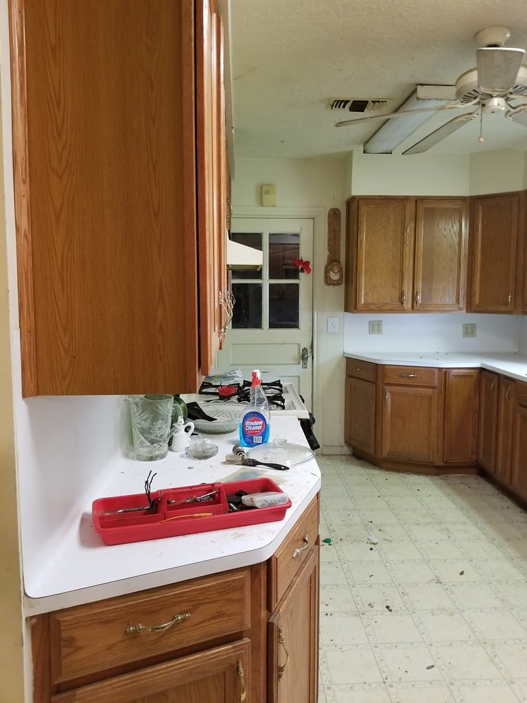 Homes For Sale In TX La Marque 77568 – Holly 2BR Kitchen