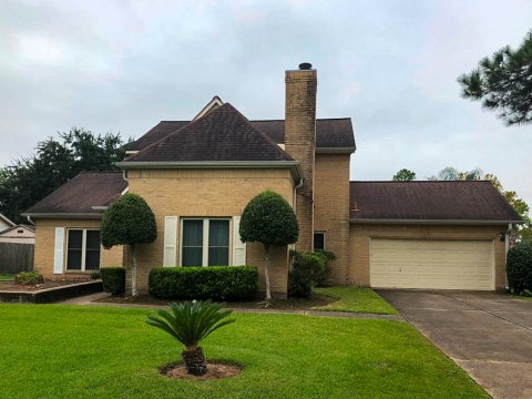 Homes For Sale In TX Friendswood 77546 – Killarney 3BR