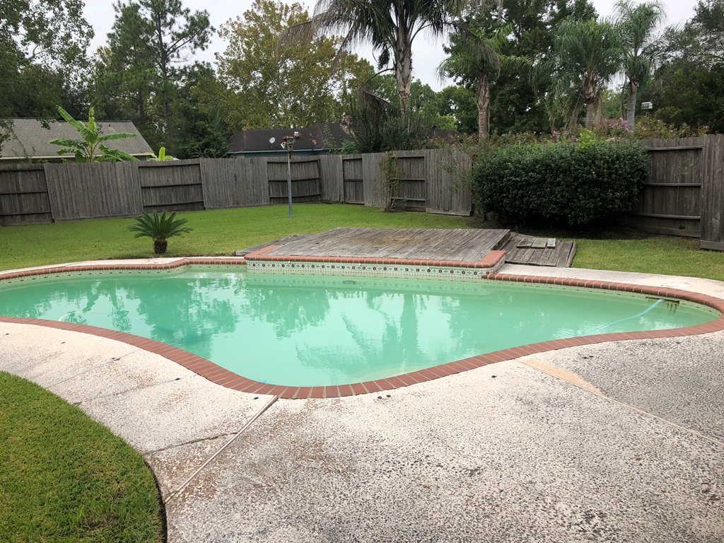 Homes For Sale In TX Friendswood 77546 – Killarney 3BR Pool