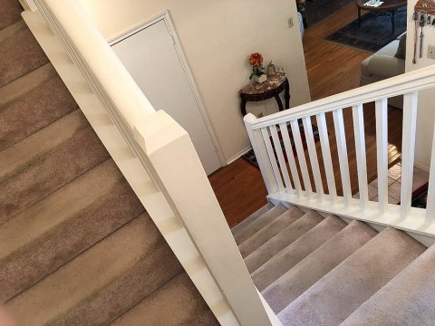 Homes For Sale In TX Friendswood 77546 – Killarney 3BR Stairway