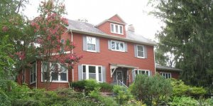 "We buy houses in <a href=""/we-buy-houses-mount-washington"">Mount Washington</a>"