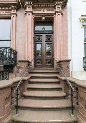 Mount Vernon House