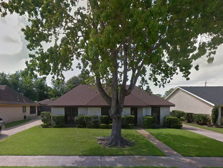 Amazing 1 story, 3 bedroom, 2 bath, 2 car garage Houston home for sale in Sageglen!