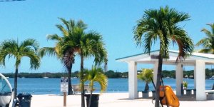 we buy unwanted houses key largo