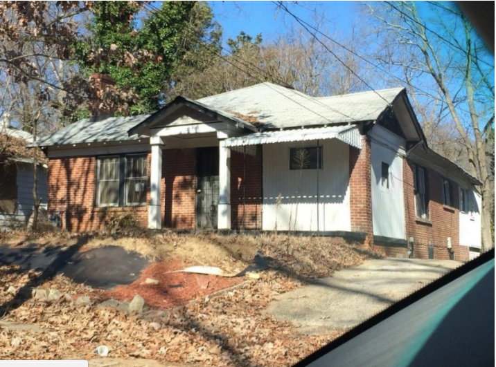Front of 989 Byron DR SW, Atlanta, GA 30310