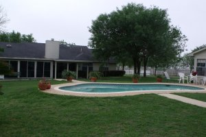 home for sale Floresville Tx