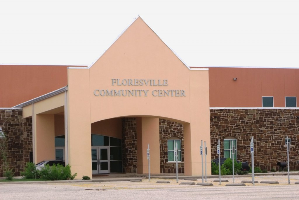 Event Center - Lauro DeLeon Community Center - Everything you need to know before moving to Floresville TX