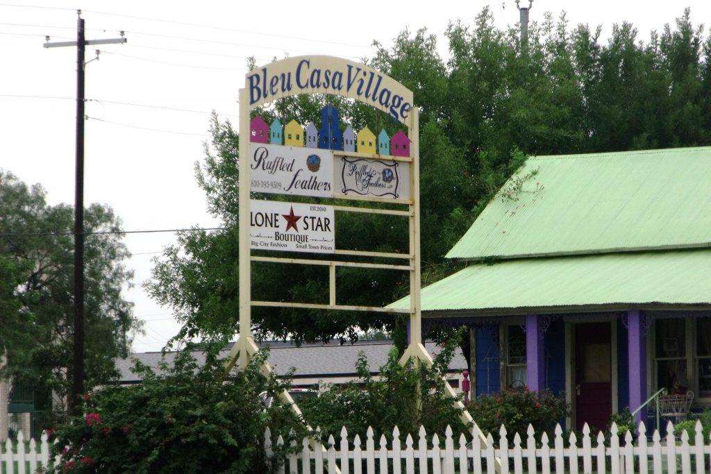 Bleu Casa Village shops - Everything you need to know before moving to Floresville TX