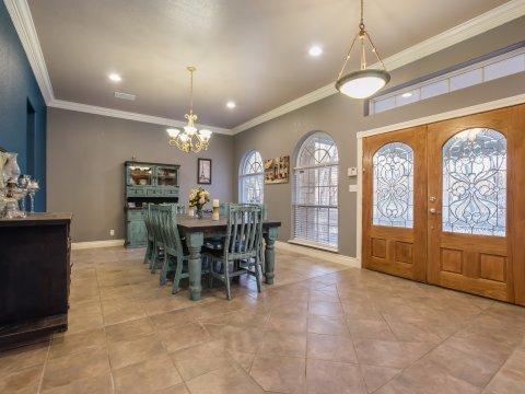 Floresville Tx - home for sale - sr