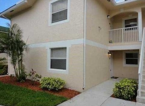 10856 ROYAL PALM BLVD #10856, CORAL SPRINGS, FL 33065 Great investment property! Cozy 2/1 corner unit in the heart of Coral Springs-currently rented at $1000 a month. LOW Maintenance.