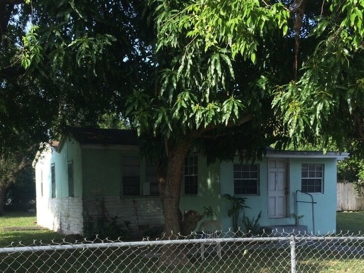 2271 NW 66 STREET, MIAMI, FL. 33147 - IRG Corporation