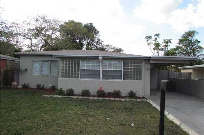 1107 NW 7TH TER, FORT LAUDERDALE, FL. 33311 - IRG Corporation