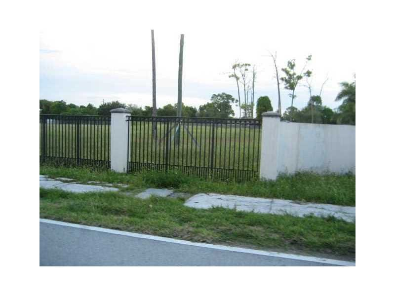 11603 SW 95 ST 0 MIAMI, FL. 33176 - IRG Corporation