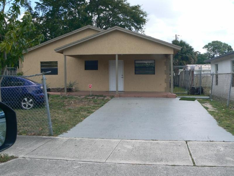 528 NW 16 AVE., FT. LAUDERDALE FL. 33311 - IRG Corporation