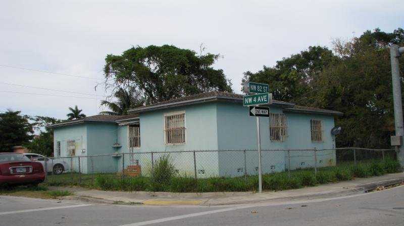 8201 NW 4 AVENUE, MIAMI, FL. 33150 - IRG Corporation