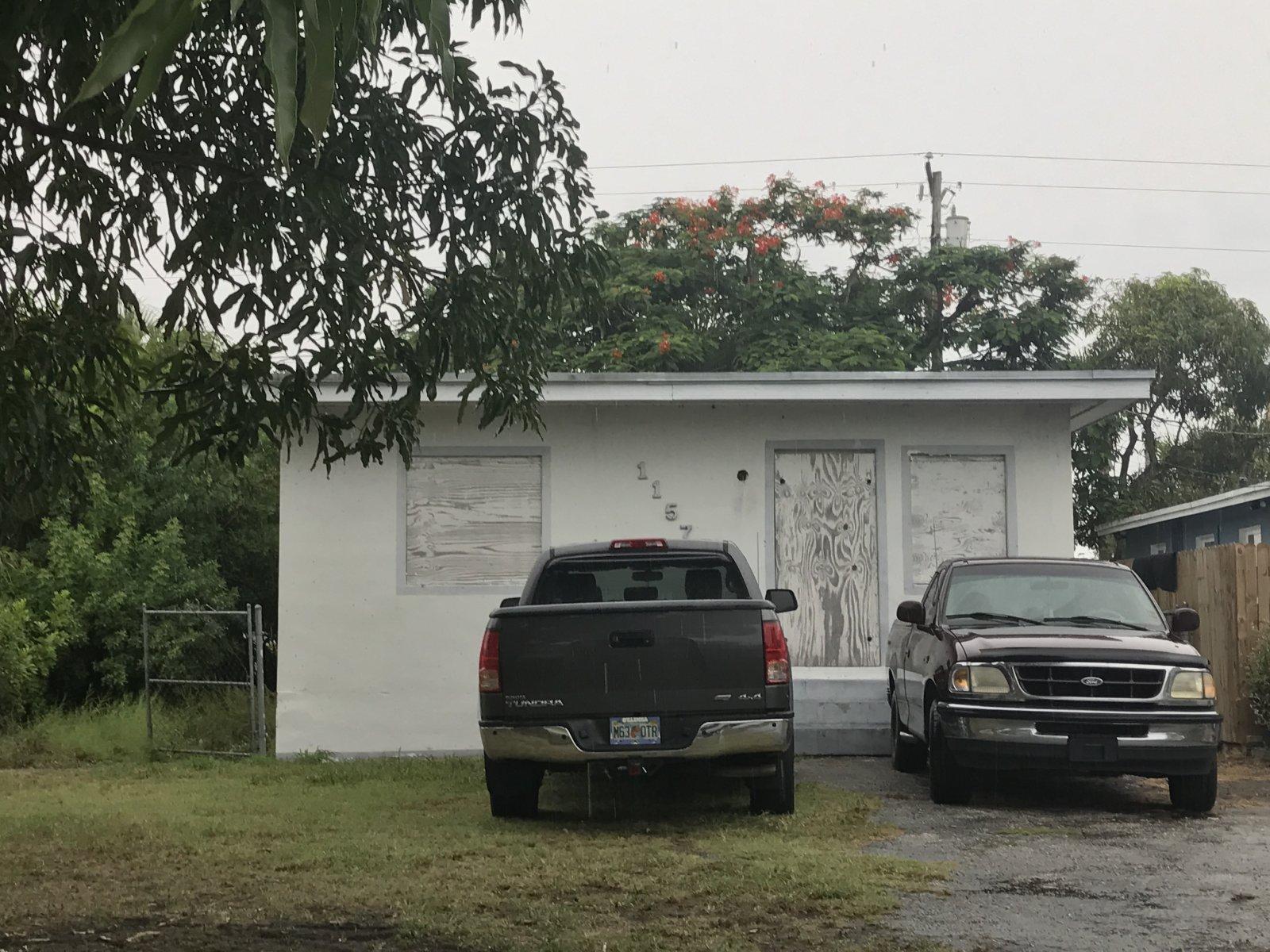 1157 W 9TH ST RIVIERA BEACH, FL 33404