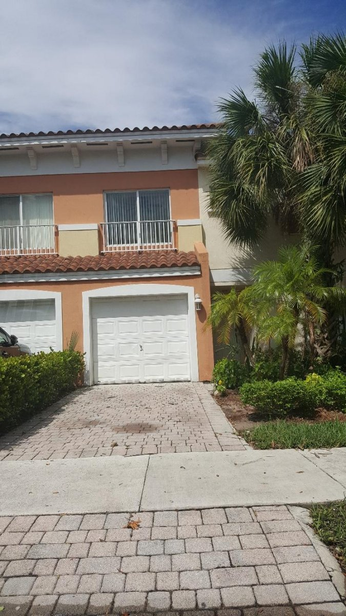1405 NW 2ND ST. FT. LAUDERDALE, FL 33311 - IRG Corporation