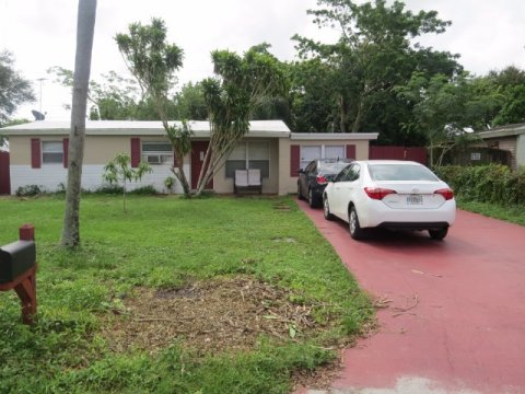 5626 HOOD ST. HOLLYWOOD FL, 33021 - IRG Corporation