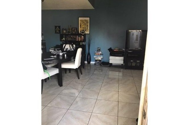 1276 NW 122 TER PEMBROKE PINES, FL 33026 - IRG Corporation
