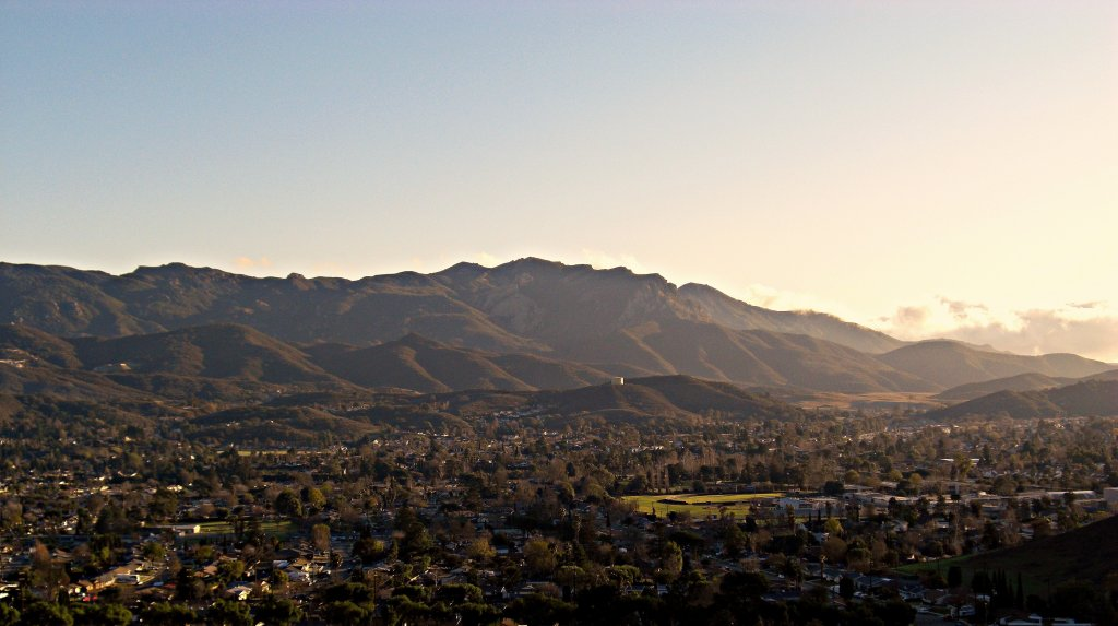 A real estate agent in thousand oaks can help you buy or sell any of these thousand oaks homes