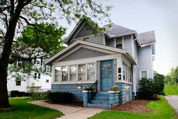 houses we buy in waukesha