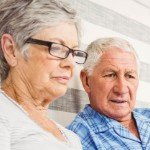 5 Creative Ways To Sell Your Land Online | old couple on laptop