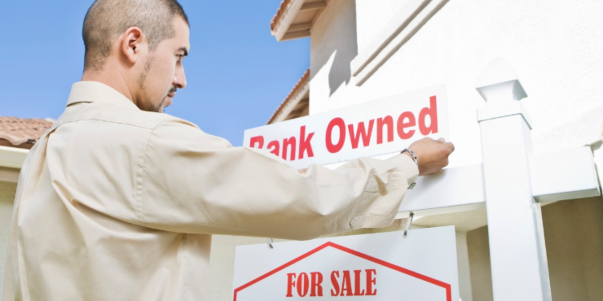Can I give my house in Houston back to the bank without an expensive foreclosure? | bank owned sign