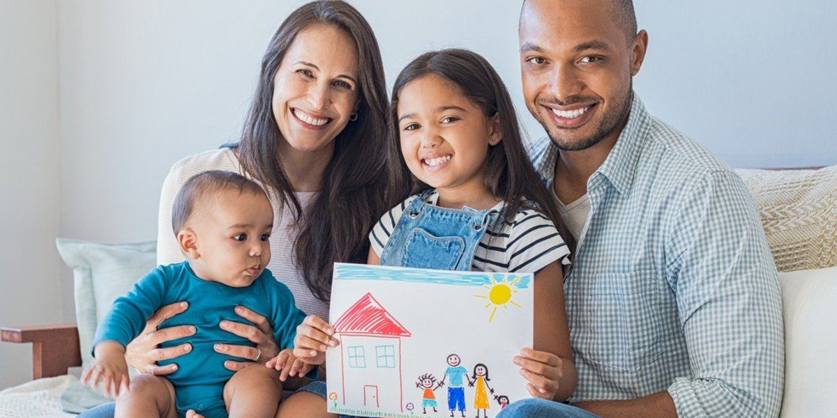 How To Sell Your Home for the Right Price This Summer | happy mixed family