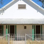 Can a house be sold while in probate in | white home green pillars