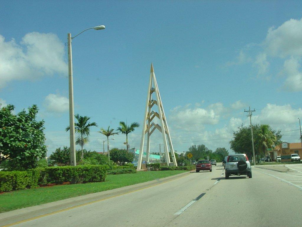 Cape Coral FL Parkway