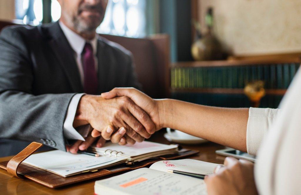 tips to make closing go smooth - cincinnati real estate agent