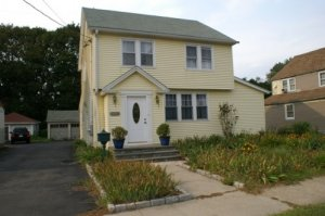 We Buy Houses Bridgeport CT, Sell My House Fast Bridgeport CT, Cash Home Buyers Bridgeport CT
