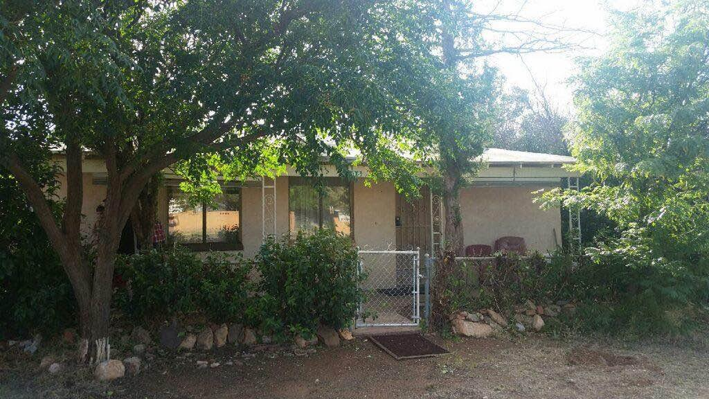 Fix Up Investment Property In Naco AZ!