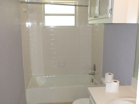 Cloase At your Convenience. Fair Offer. Call Elvis Buys Houses 877-703-5847