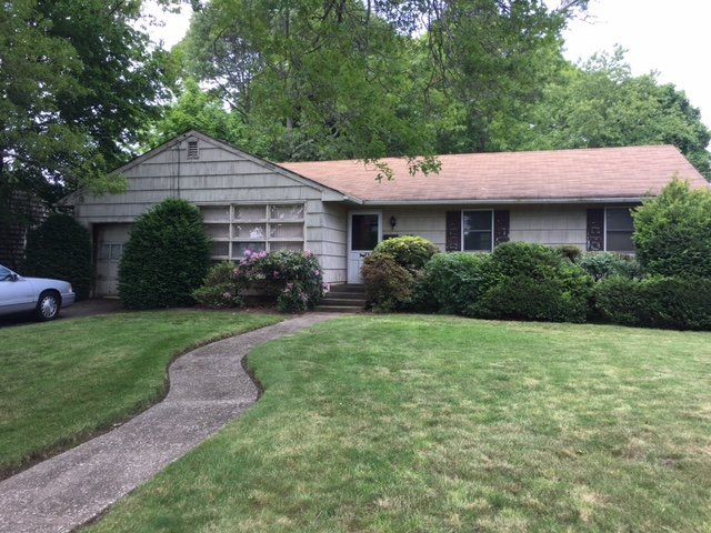 Fixer Upper Investor Ranch - Roe Blvd East - Patchogue NY 11772