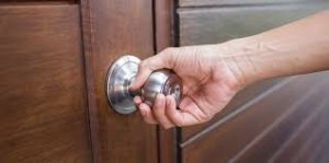 negotiation techniques - doorknob technque