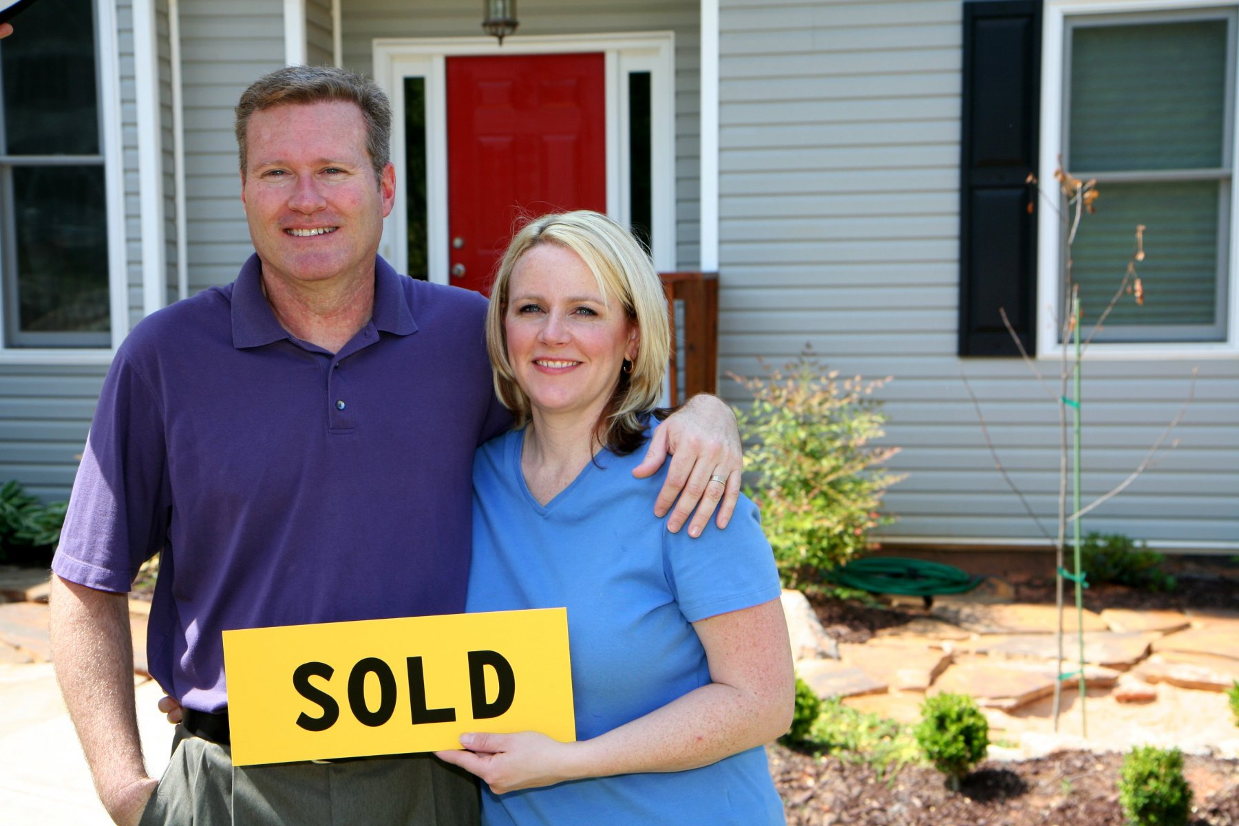 how to sell your home and buy another