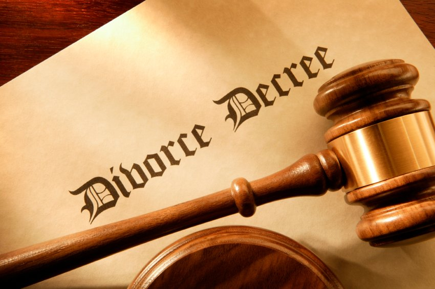 tips for selling a house in divorce in colorado springs