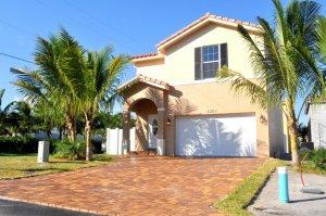 We Buy Houses Cash Palm Springs