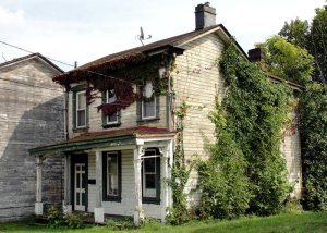 35 Tips for Restoring Old Houses