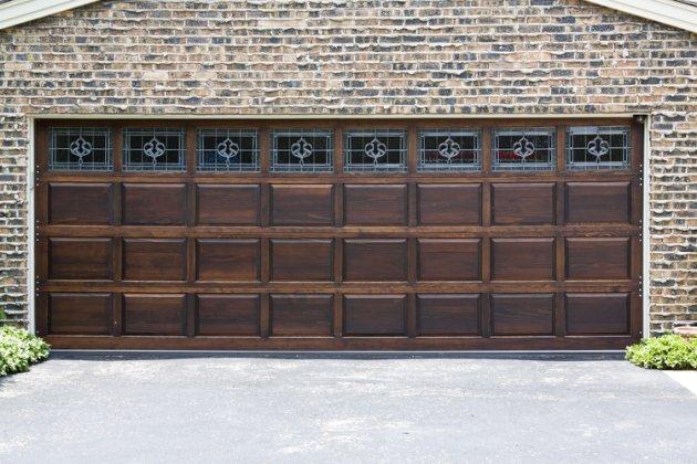 5 Top Materials for Garage Doors